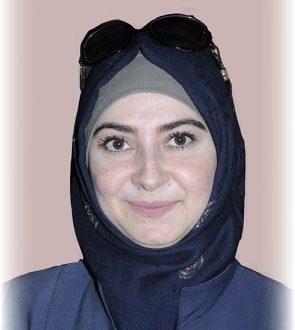 الشاعرة السورية رنا رضوان